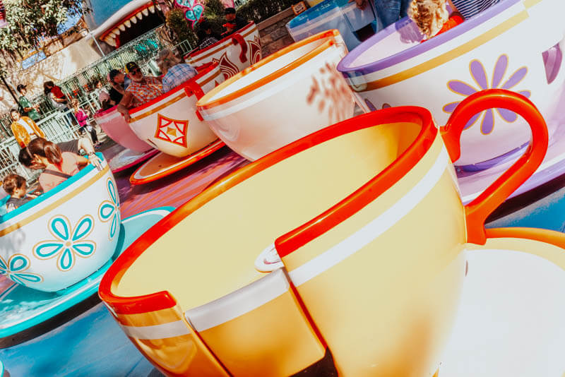 Disneyland Tilting Alice in Wonderland Teacups
