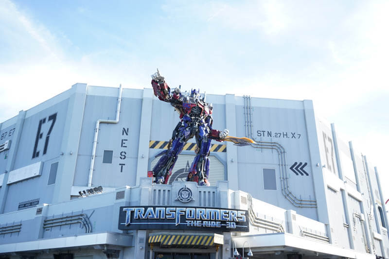 Transformers The Ride 3D entrance with optimus prime at Universal Studios Orlando