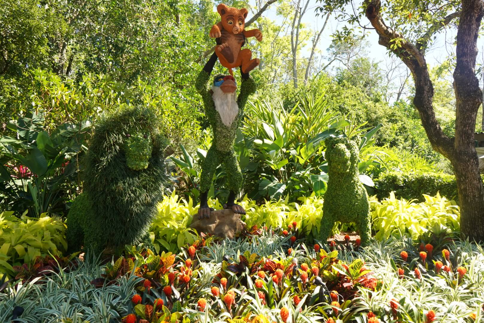 The Lion King topiaries at Epcot Flower and Garden Festival 2019