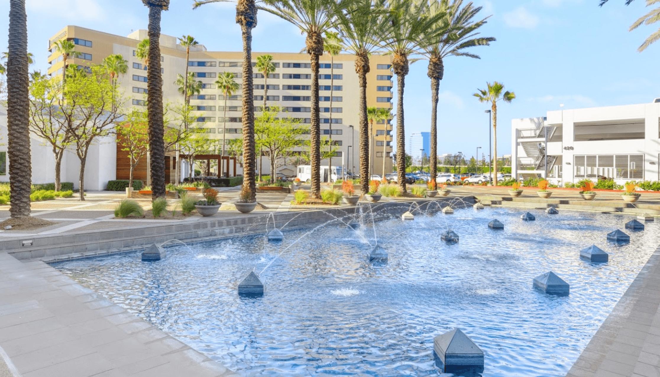 Embassy Suites Anaheim Orange fountain outside